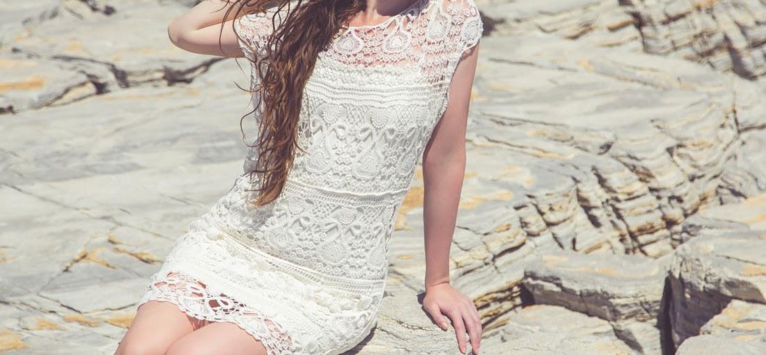 rochie dantelă