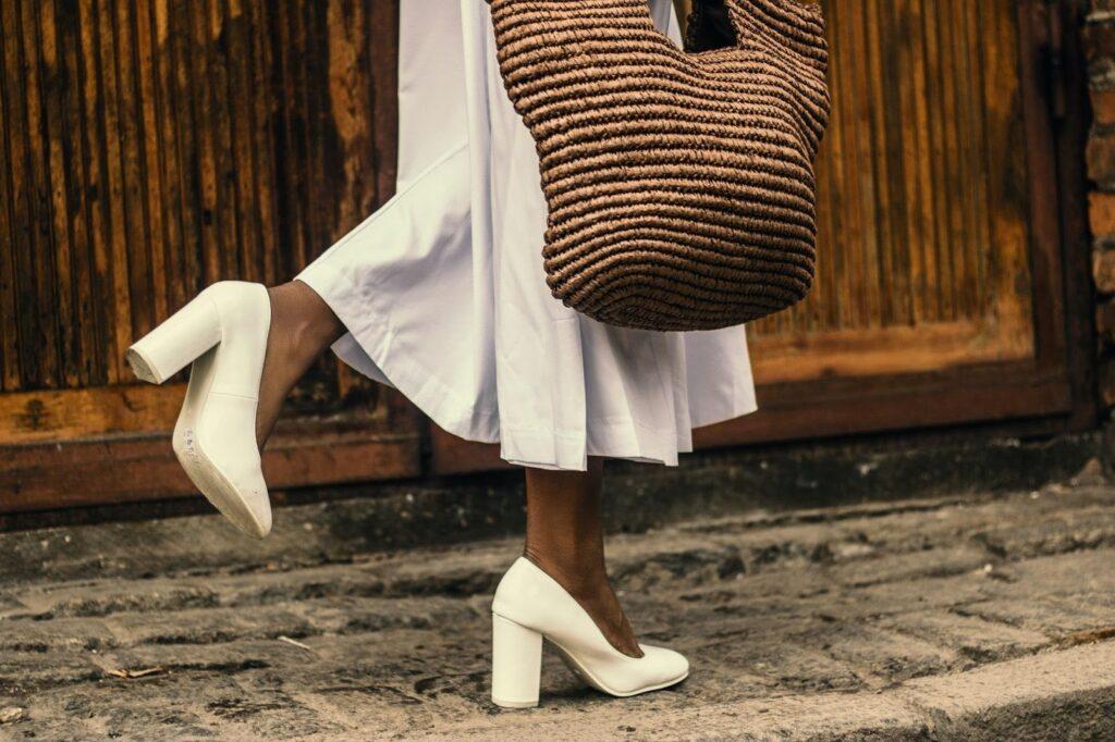 pantofi rochie albă